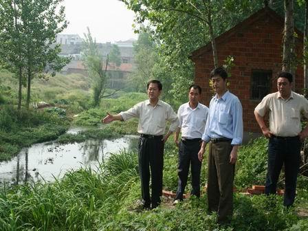 汊涧镇加大小桥河环境治理力度